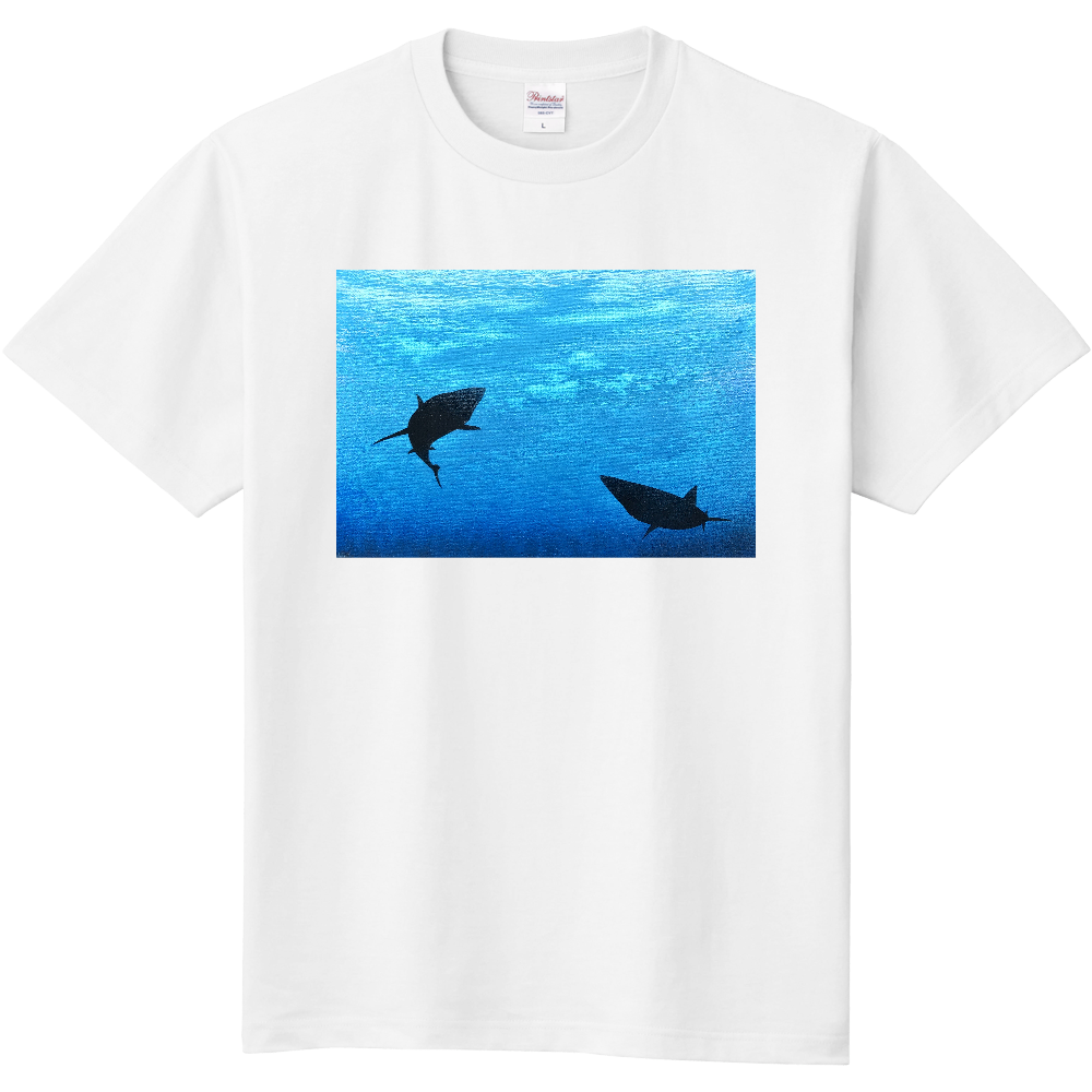 潜む鮫  Tシャツ 定番Tシャツ