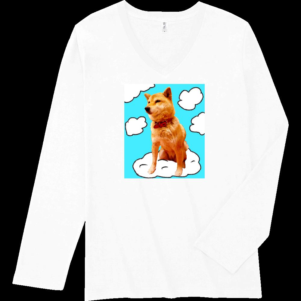 雲に乗ってる柴犬 スリムフィット VネックロングスリーブTシャツ