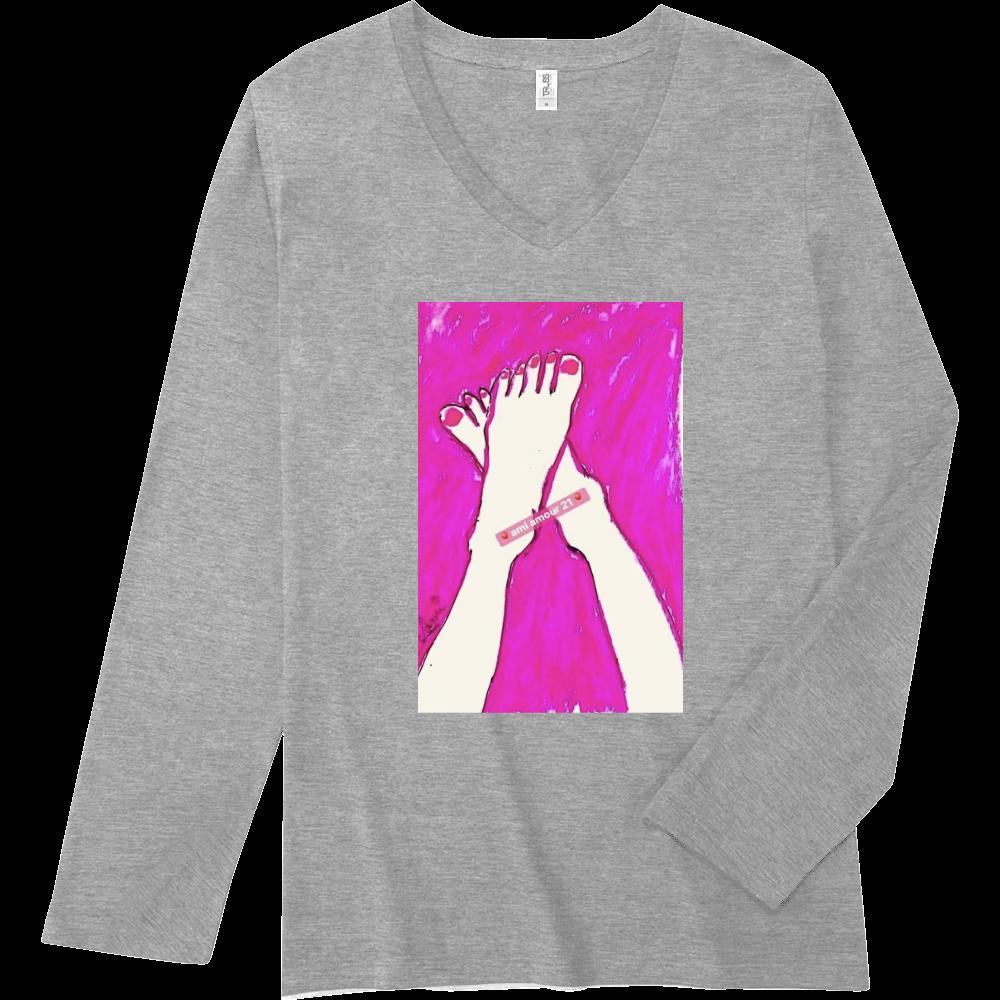 『恋するピンク』 スリムフィット VネックロングスリーブTシャツ