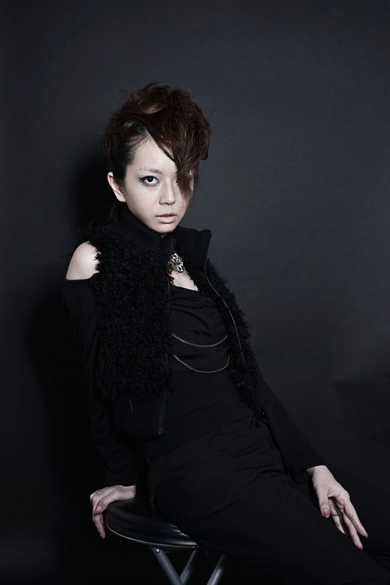 【衣類】NaNa's Mannish! by KooLVisioN 軽量ジップアップパーカー